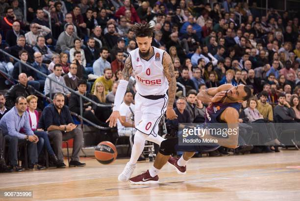 Daniel Hackett #0 of Brose Bamberg competes with Pau Ribas #5 of FC Barcelona Lassa during the 2017/2018 Turkish Airlines EuroLeague Regular Season...