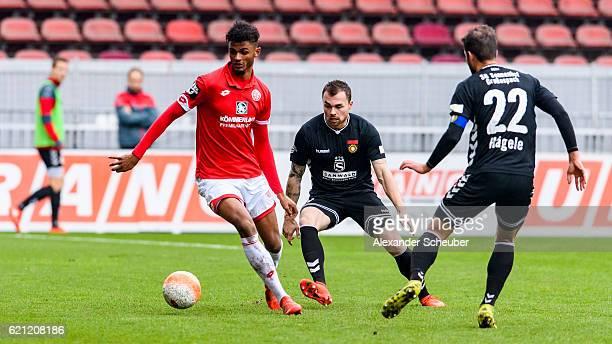 Daniel Haegele of Grossaspach challenges Aaron Seydel of Mainz 05 during the Third League match between 1 FSV Mainz 05 II and SG Sonnenhof...
