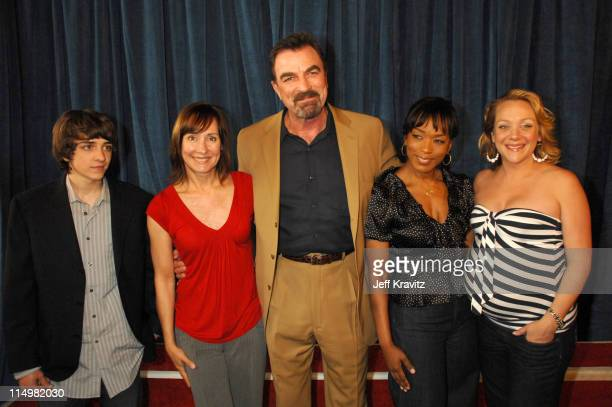 Daniel Hansen Laurie Metcalf Tom Selleck Angela Bassett and Nicole Sullivan