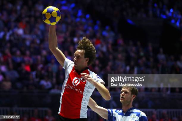 Daniel Harmzen of Top/Quoration battles for the ball with Otto Fabius of BlauwWit during the Dutch Korfball League Final between BlauwWit and...
