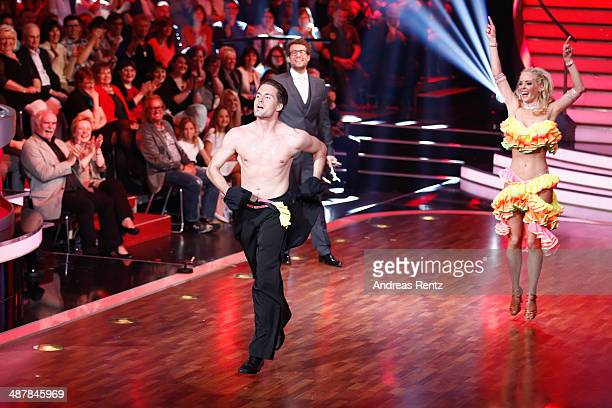 Daniel Hartwich Isabel Edvardsson and Alexander Klaws seen on stage during the 5th show of 'Let's Dance' on RTL at Coloneum on May 2 2014 in Cologne...