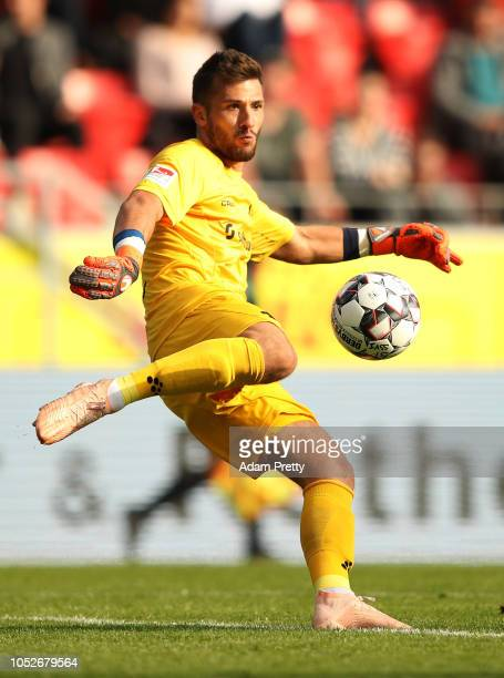 Daniel Heuer Fernandes of SV Darmstadt 98 in action during the Second Bundesliga match between SSV Jahn Regensburg and SV Darmstadt 98 at Continental...