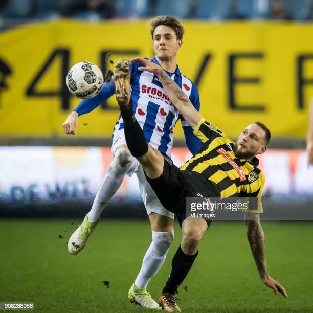 Daniel Hoegh of sc Heerenveen Tim Matavz of Vitesse during the Dutch Eredivisie match between Vitesse Arnhem and sc Heerenveen at Gelredome on...