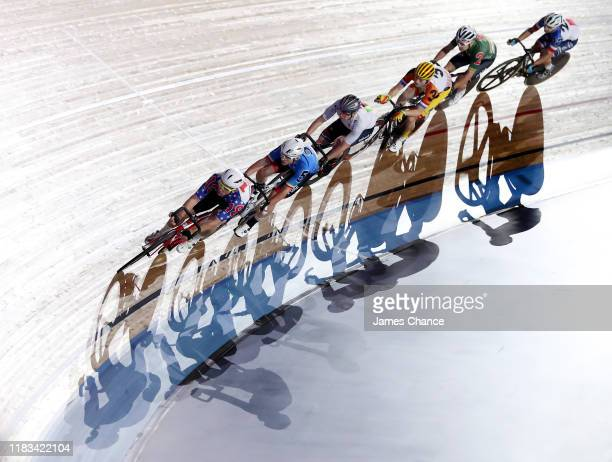 Daniel Holloway of the United States, Simone Consonni of Italy, Max Beyer of Germany, Yoeri Havik of the Netherlands, Owain Doull of Great Britain...