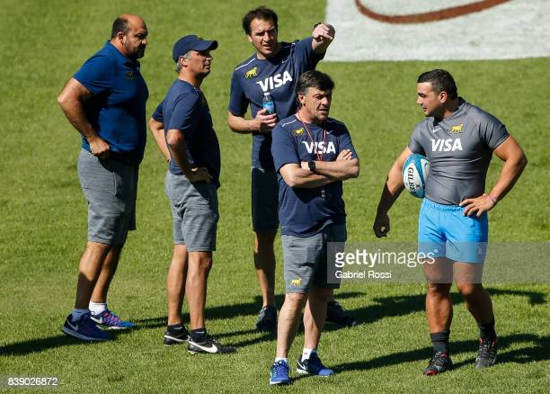 Daniel Hourcade head coach of Argentina and Agustin Creevy talk during Argentina Rugby Championship Captain's Run at Padre Ernesto Martearena Stadium...