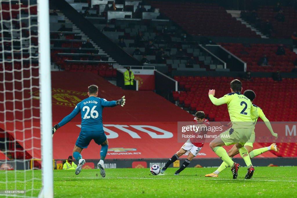 Manchester United v Newcastle United - Premier League : ニュース写真
