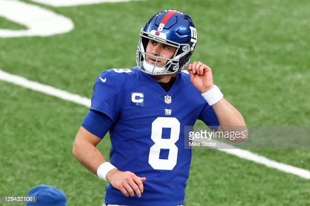 Daniel Jones of the New York Giants reacts against the Dallas Cowboys during the first quarter at MetLife Stadium on January 03, 2021 in East...