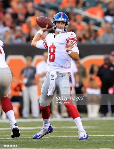 Daniel Jones of the New York Giants throws the ball against the Cincinnati Bengals at Paul Brown Stadium on August 22, 2019 in Cincinnati, Ohio.