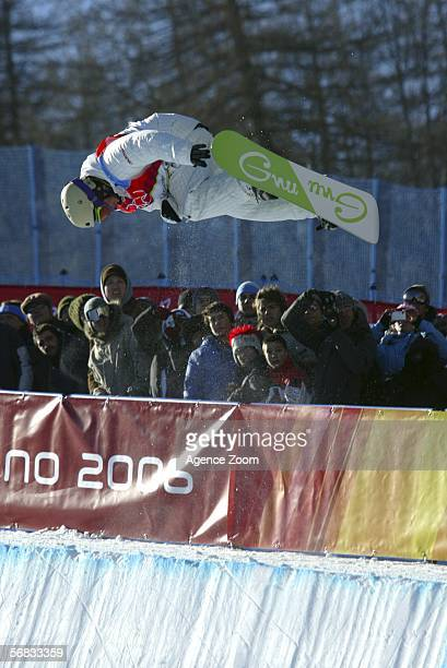 Daniel Kass of United States competes in the Mens Snowboard Half Pipe Final on Day 2 of the 2006 Turin Winter Olympic Games on February 12 2006 in...