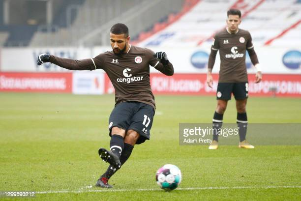 Daniel Kyereh of St. Pauli celebrates his team's second goal with a freekick during the Second Bundesliga match between 1. FC Heidenheim 1846 and FC...