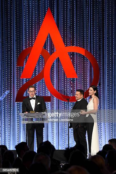 Daniel Lawson Narciso Rodriguez and Julianna Margulies speak onstage during the Accessories Council 20th Anniversary celebration of the ACE awards at...