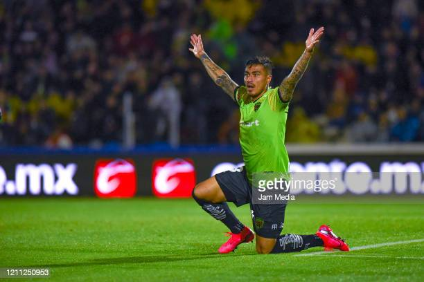 Daniel Lezcano of Juarez reacts during the 9th round match between FC Juarez and Leon as part of the Torneo Clausura 2020 Liga MX at Olimpico Benito...