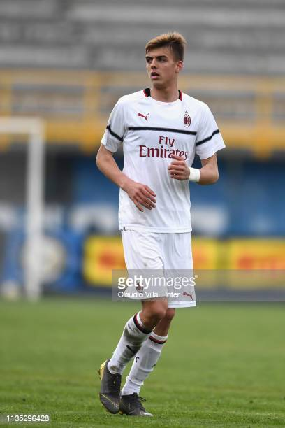 Daniel Maldini of AC Milan looks on during the Serie A Primavera match between FC Internazionale U19 and AC Milan U19 at Stadio Breda on April 6 2019...