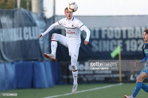 Daniel Maldini of AC Milan U19 in action during the Serie A Primavera match between Empoli FC U19 and AC Milan U19 at on December 14 2018 in Empoli...