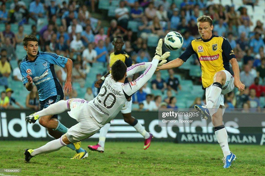 A-League Rd 24 - Sydney v Central Coast