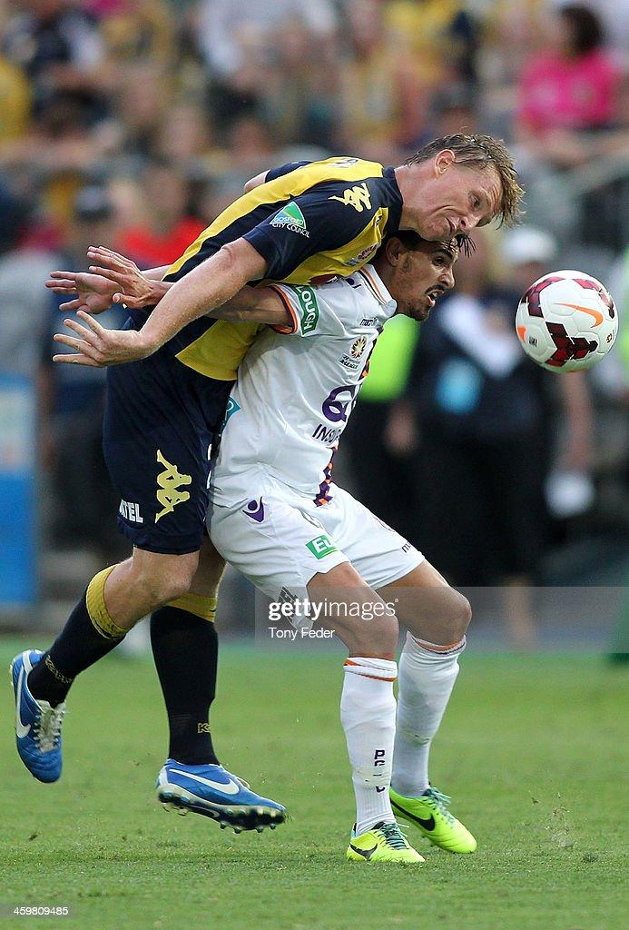 A-League Rd 12 - Central Coast v Perth