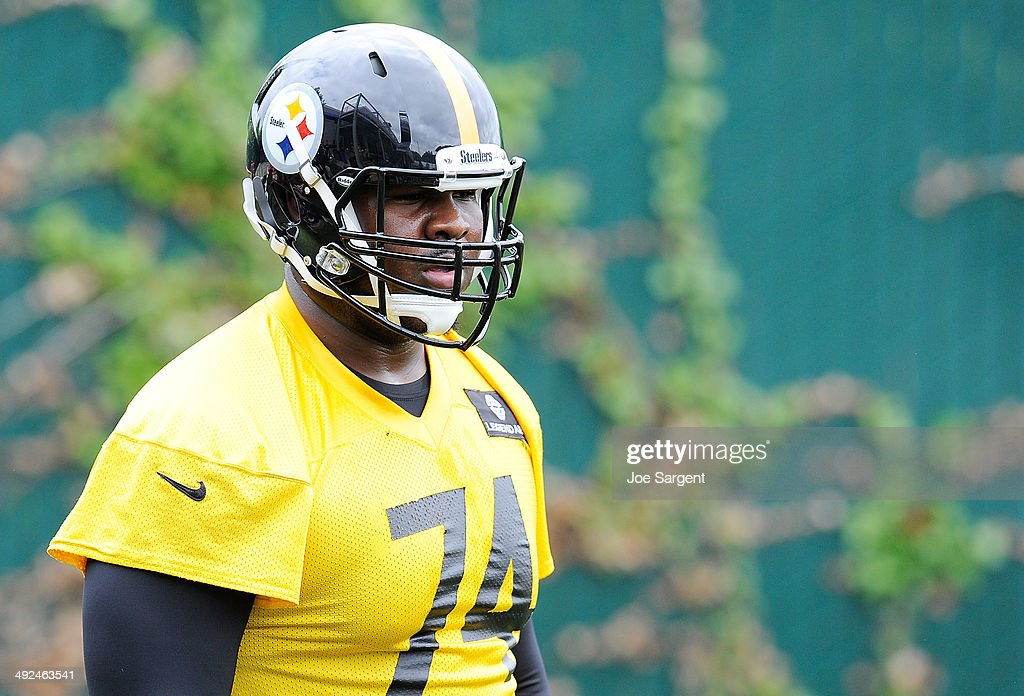 Daniel McCullers #74 of the Pittsburgh Steelers participates in drills during rookie minicamp at the Pittsburgh Steelers Training Facility on May 16, 2014 in Pittsburgh, Pennsylvania.