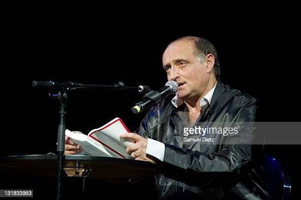 Daniel Mesguich reads 'Samba pour la France', the novel by Delphine Coulin at Le Carrousel du Louvre on May 14, 2011 in Paris, France.