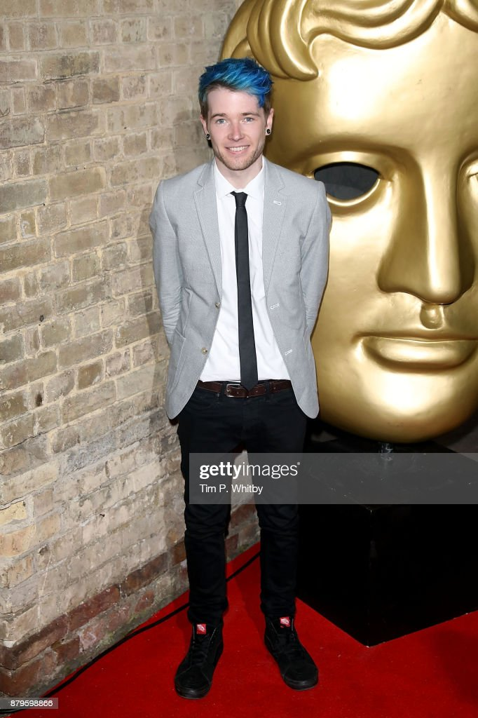 BAFTA Children's Awards - Red Carpet Arrivals : News Photo