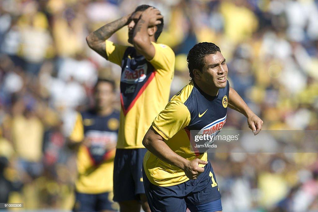 Queretaro v Aguilas del America - Apertura 2009