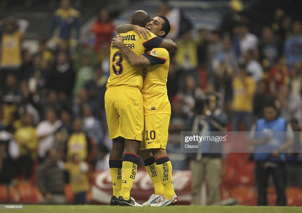America v Correcaminos - Apertura 2012 : News Photo