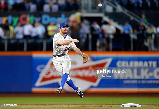 Daniel Murphy of the New York Mets in action against the Philadelphia Phillies at Citi Field on August 27 2013 in the Flushing neighborhood of the...
