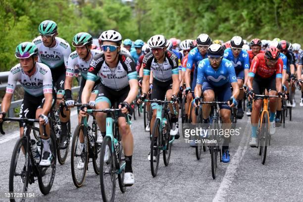 Daniel Oss of Italy and Team Bora - Hansgrohe, Felix Großschartner of Austria and Team Bora - Hansgrohe, Tanel Kangert of Estonia and Team...