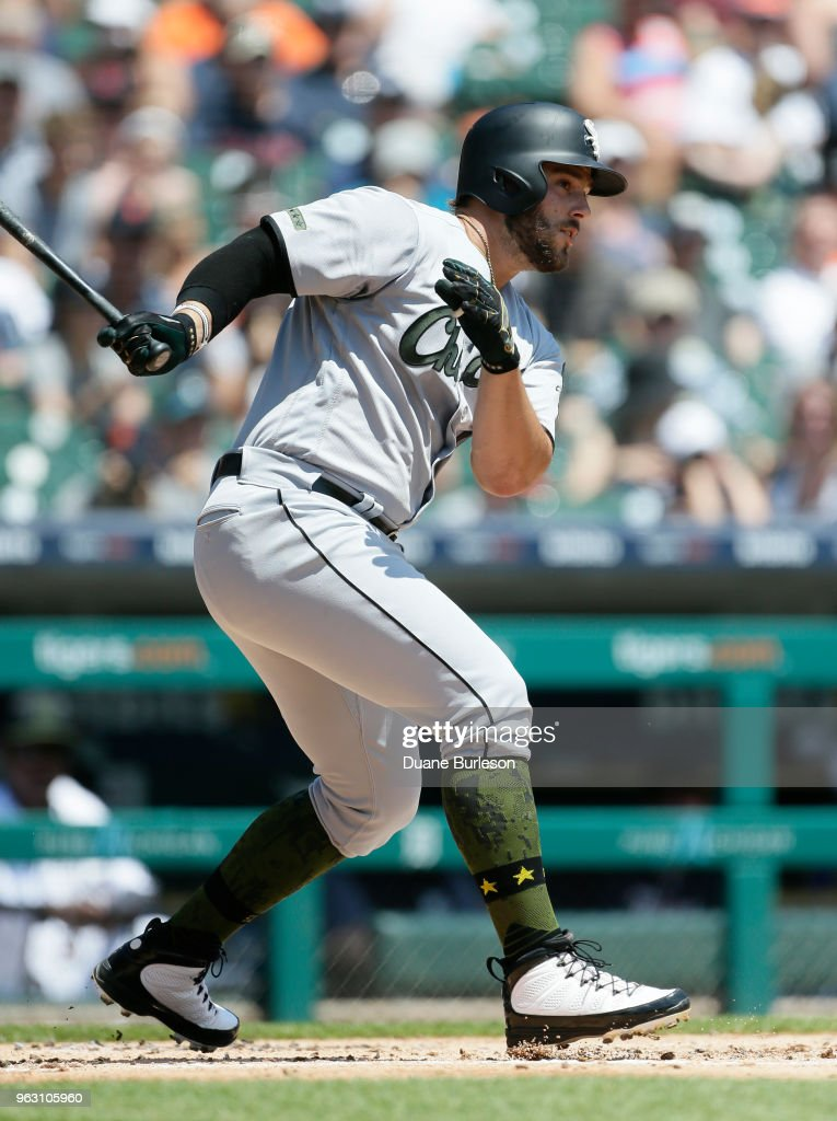 Daniel Palka #18 of the Chicago White Sox singles against the Detroit Tigers during the second inning at Comerica Park on May 27, 2018 in Detroit, Michigan. The Tigers defeated the White Sox 3-2.