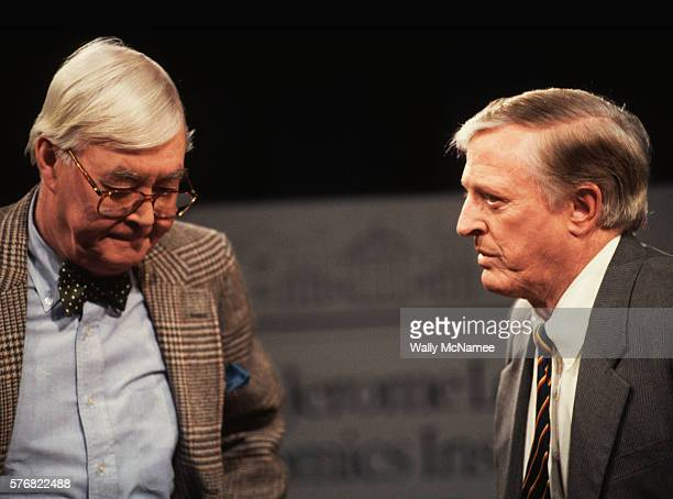 daniel patrick moynihan and william f. buckley - politics and government stock pictures, royalty-free photos & images