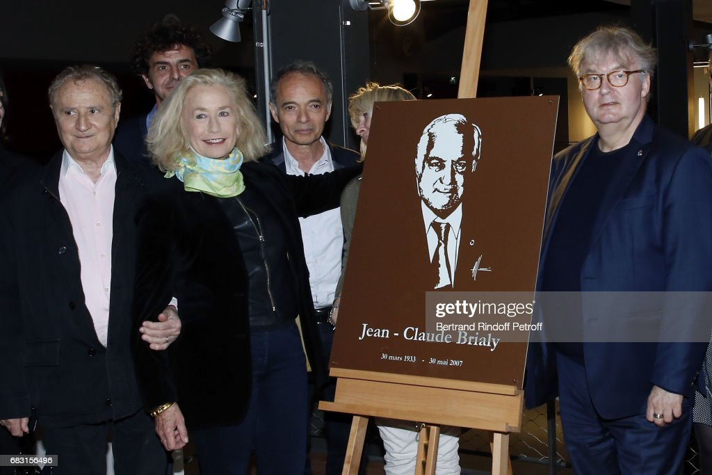 Daniel Prevost, Brigitte Fossey, Jean-Maurice Belayche and Dominique Besnehard attend Tribute To Jean-Claude Brialy during 'Journees Nationales du Livre et du Vin'on May 14, 2017 in Saumur, France.