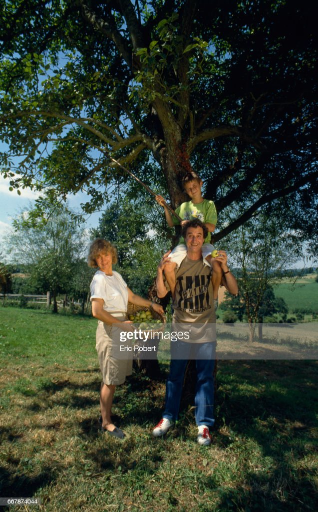 Daniel Prevost Picks Apples With His Wife Yvette And Son Erling On Vacation