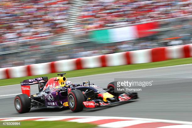 Daniel Ricciardo of Australia and Infiniti Red Bull Racing drives during the Canadian Formula One Grand Prix at Circuit Gilles Villeneuve on June 7...
