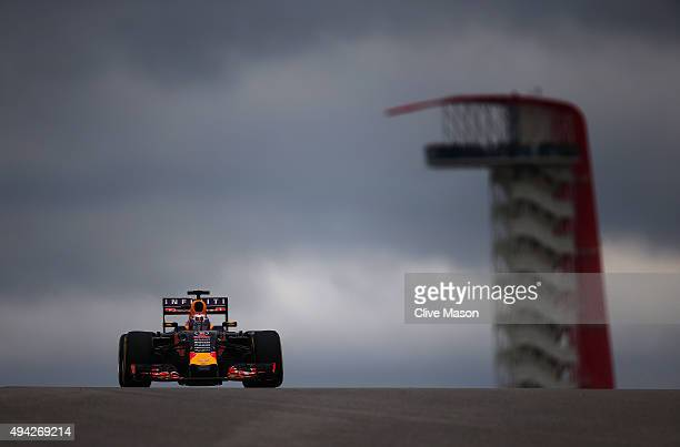 Daniel Ricciardo of Australia and Infiniti Red Bull Racing drives during the United States Formula One Grand Prix at Circuit of The Americas on...