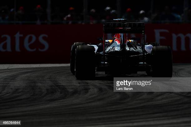 Daniel Ricciardo of Australia and Infiniti Red Bull Racing drives during the Formula One Grand Prix of Mexico at Autodromo Hermanos Rodriguez on...