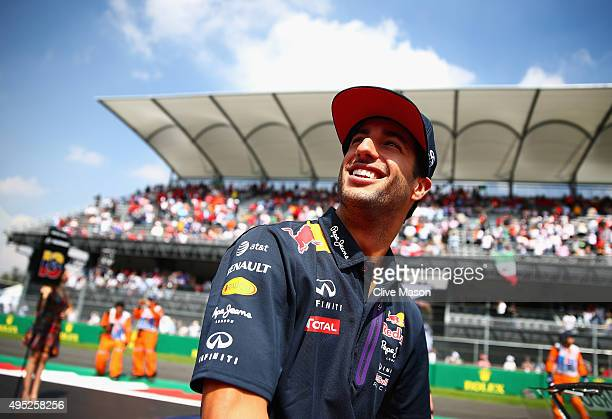 Daniel Ricciardo of Australia and Infiniti Red Bull Racing takes part in the drivers' parade before the Formula One Grand Prix of Mexico at Autodromo...