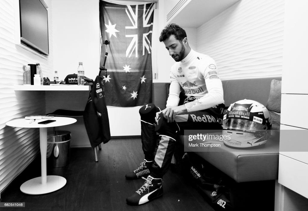 Daniel Ricciardo of Australia and Red Bull Racing prepares to drive during practice for the Spanish Formula One Grand Prix at Circuit de Catalunya on May 12, 2017 in Montmelo, Spain.