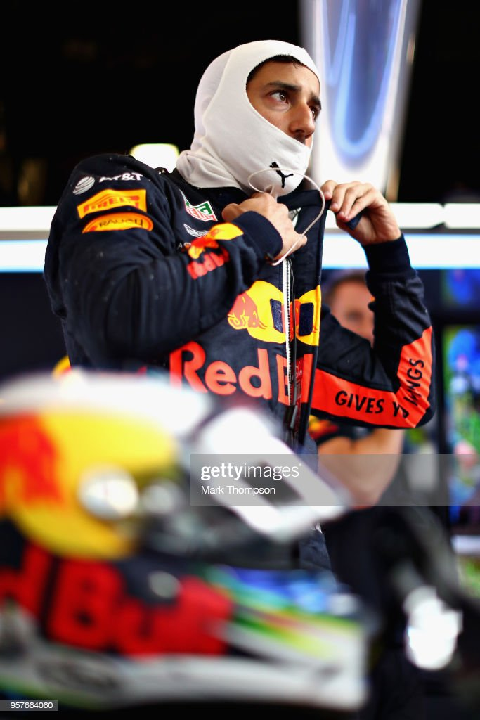 Daniel Ricciardo of Australia and Red Bull Racing prepares to drive in the garage during qualifying for the Spanish Formula One Grand Prix at Circuit de Catalunya on May 12, 2018 in Montmelo, Spain.