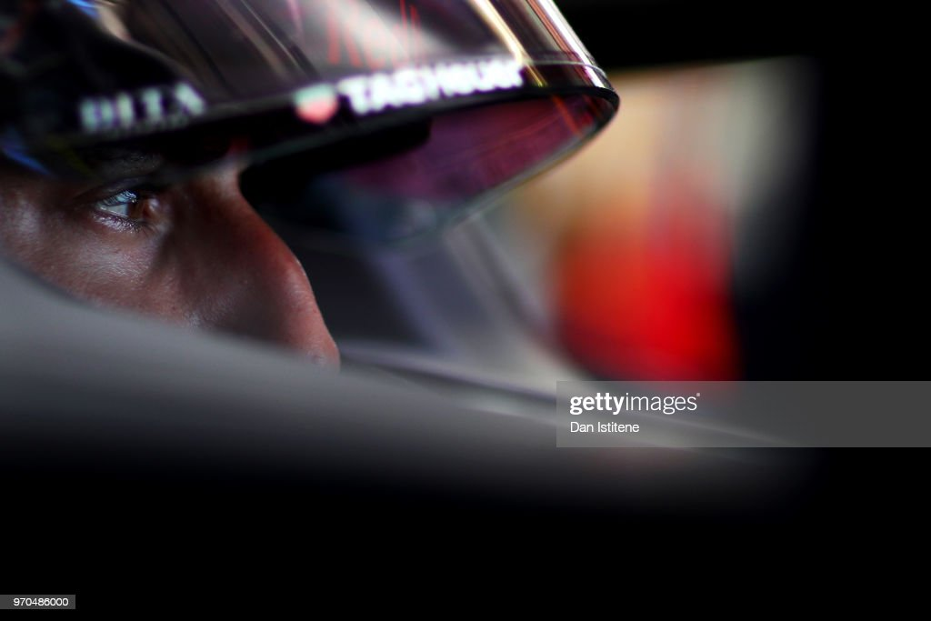 Daniel Ricciardo of Australia and Red Bull Racing prepares to drive in the garage during qualifying for the Canadian Formula One Grand Prix at Circuit Gilles Villeneuve on June 9, 2018 in Montreal, Canada.