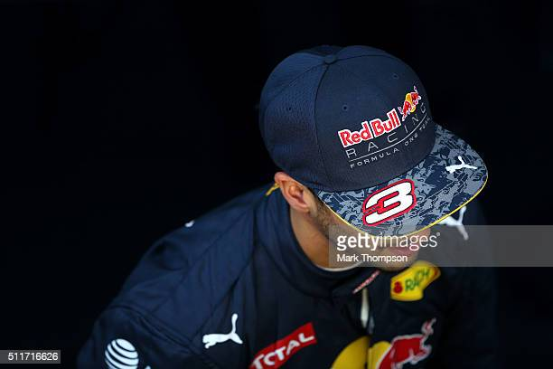 Daniel Ricciardo of Australia and Red Bull Racing speaks with members of the media at the end of day one of F1 winter testing at Circuit de Catalunya...