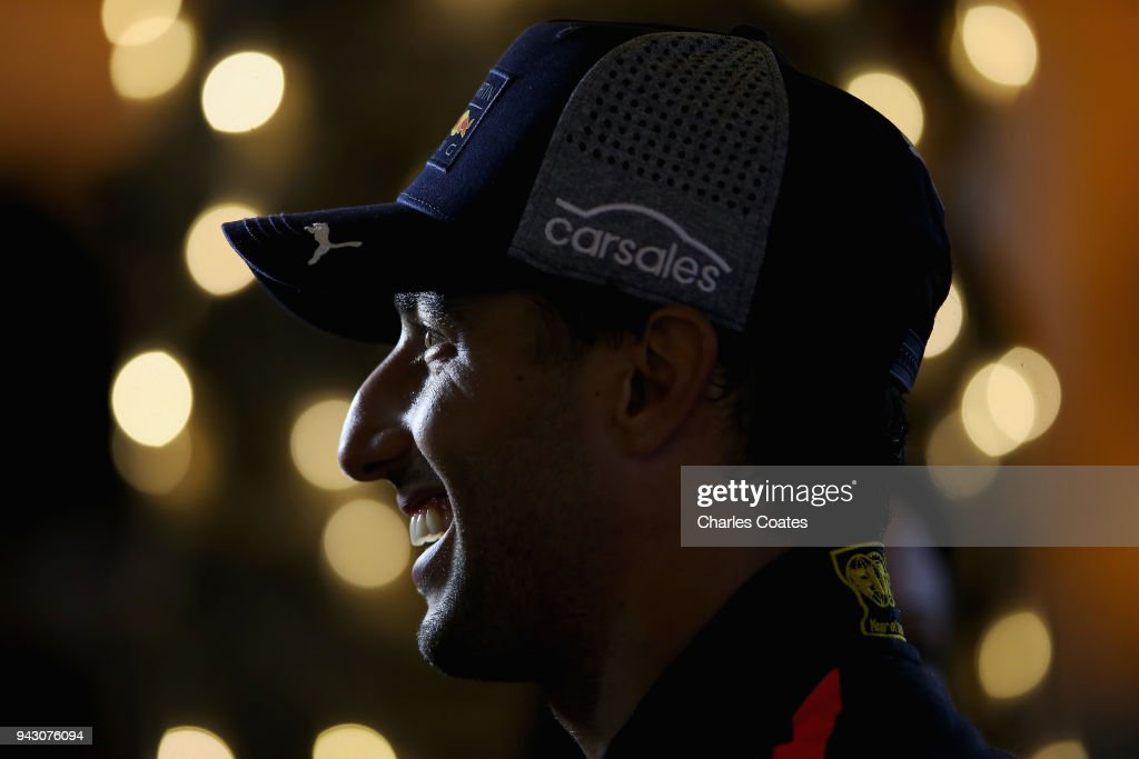 Daniel Ricciardo of Australia and Red Bull Racing talks to the media in the Paddock after qualifying for the Bahrain Formula One Grand Prix at Bahrain International Circuit on April 7, 2018 in Bahrain, Bahrain.