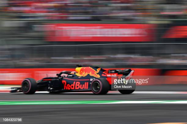 Daniel Ricciardo of Australia driving the Aston Martin Red Bull Racing RB14 TAG Heuer on track during qualifying for the Formula One Grand Prix of...