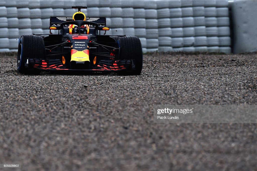 Daniel Ricciardo of Australia driving the (3) Aston Martin Red Bull Racing RB14 TAG Heuer runs into the gravel during day three of F1 Winter Testing at Circuit de Catalunya on February 28, 2018 in Montmelo, Spain.