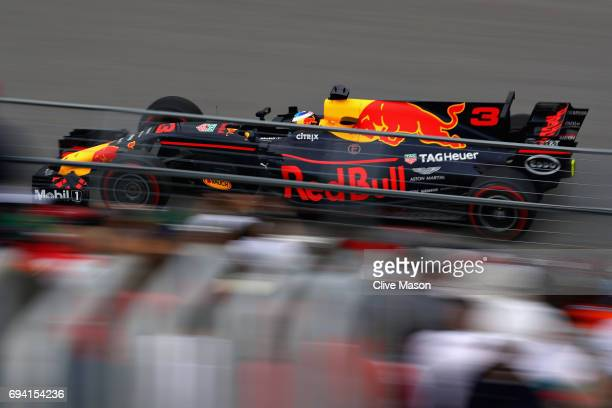 Daniel Ricciardo of Australia driving the Red Bull Racing Red BullTAG Heuer RB13 TAG Heuer on track during practice for the Canadian Formula One...