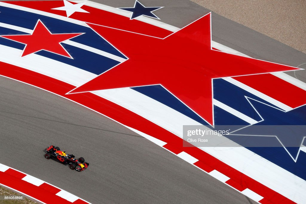 Daniel Ricciardo of Australia driving the (3) Red Bull Racing Red Bull-TAG Heuer RB13 TAG Heuer on track during practice for the United States Formula One Grand Prix at Circuit of The Americas on October 20, 2017 in Austin, Texas.
