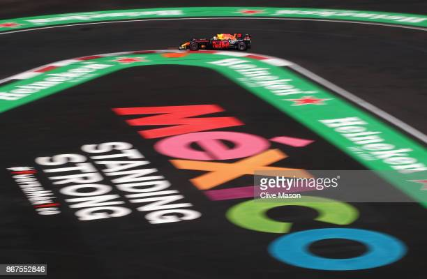 Daniel Ricciardo of Australia driving the Red Bull Racing Red BullTAG Heuer RB13 TAG Heuer on track during qualifying for the Formula One Grand Prix...