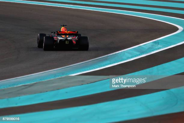 Daniel Ricciardo of Australia driving the Red Bull Racing Red BullTAG Heuer RB13 TAG Heuer on track during the Abu Dhabi Formula One Grand Prix at...