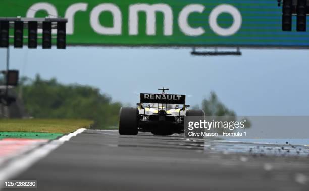 Daniel Ricciardo of Australia driving the Renault Sport Formula One Team RS20 during the Formula One Grand Prix of Hungary at Hungaroring on July 19...