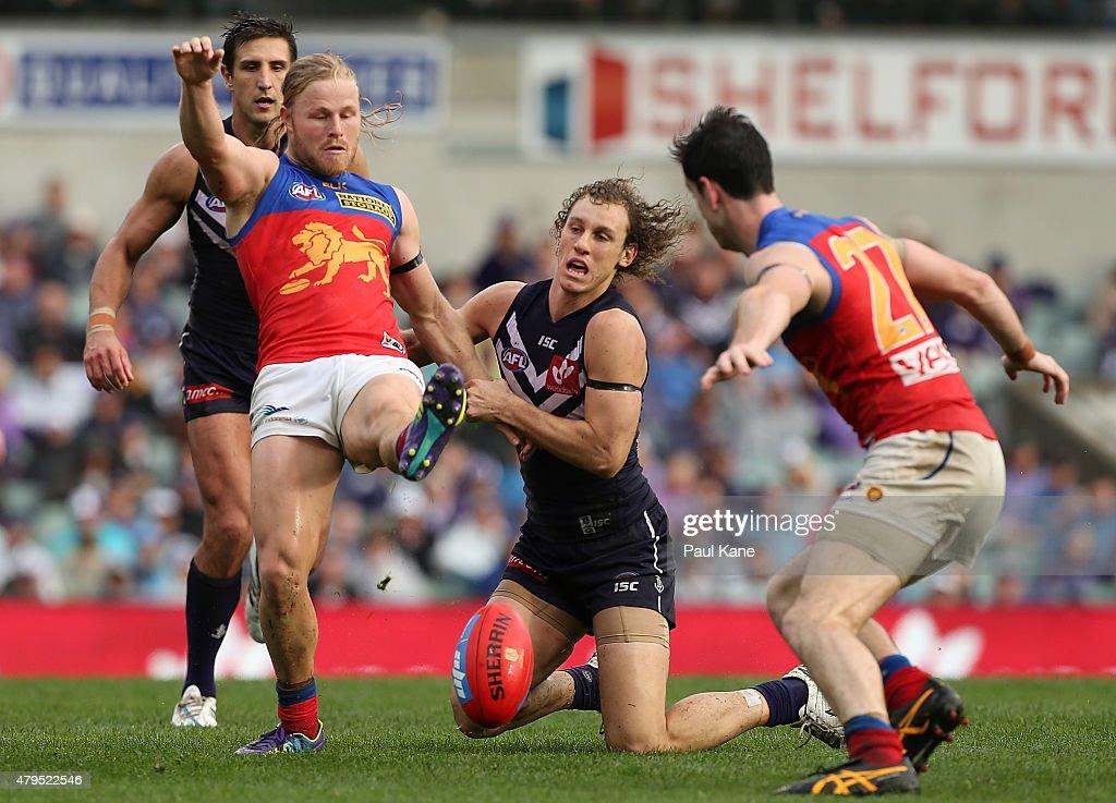 AFL Rd 14 - Fremantle v Brisbane : News Photo