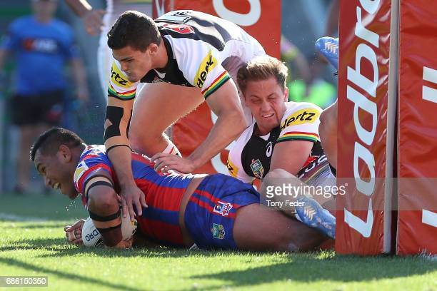 Daniel Saifiti of the Knights scores a try during the round 11 NRL match between the Newcastle Knights and the Penrith Panthers at McDonald Jones...