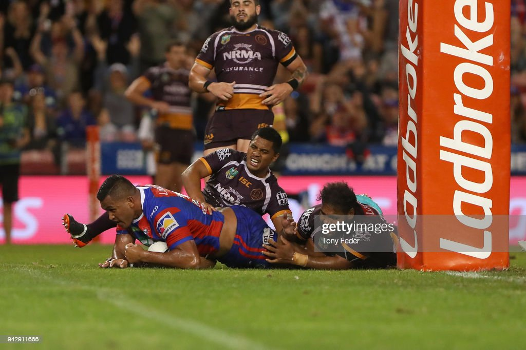 Daniel Saifiti of the Knights scores a try during the round five NRL match between the Newcastle Knights and the Brisbane Broncos at McDonald Jones Stadium on April 7, 2018 in Newcastle, Australia.